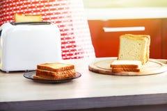敬酒的面包早餐 图库摄影