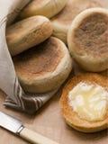 敬酒的黄油英格兰式松饼 图库摄影