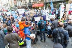 数千小辈医生抗议在伦敦 库存照片