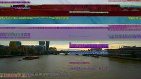 数字小故障伦敦桥有现代摩天大楼泰晤士河看法  影视素材