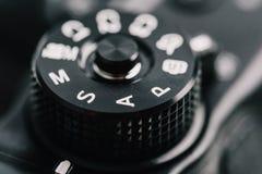 数字式显示开口、快门速度、指南和程序制作方式的摄象机控制拨号盘 免版税库存照片