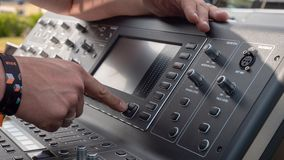 数字式混合的控制台 免版税库存照片