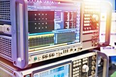 数字式色谱分析器和信号产生器 库存照片