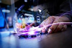 数字式营销媒介(网站广告,电子邮件,社会网络, SEO, 免版税库存照片