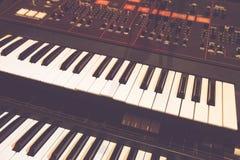 数字式钢琴钥匙和音频游标 图库摄影