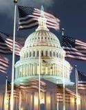 数字式综合:U S 有美国国旗的国会大厦 库存图片