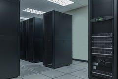 数字控制盘区数据中心的电源 库存照片