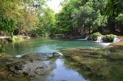数字Tok切特圣地Noi瀑布在Saraburi泰国 免版税库存图片