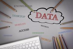 数据字云彩 色的铅笔和一个键盘在 图库摄影