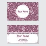 文具卡片和名片的桃红色和紫色花 库存照片
