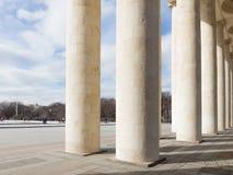 文化和休闲中央公园的柱廊  库存图片