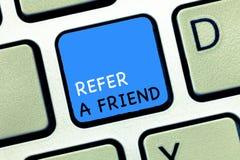 文字笔记陈列提到一个朋友 企业照片陈列的推荐任命在任务合格的某人 库存图片