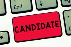 文本标志陈列候选人 概念性照片展示谁申请工作或为竞选考试被提名 免版税库存照片