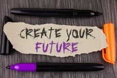 文本标志陈列创造您的未来 概念性在泪花写的照片事业目标目标改善集合计划学会Cardboa 库存图片