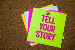文本标志陈列讲您的故事 表达概念性的照片叙述您的感觉写您的传记明信片各种各样的co 库存图片