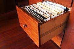 文件柜-木头 免版税库存照片