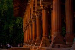 斋浦尔,印度- 2017年9月19日:回教建筑学细节Diwan我是或者观众的霍尔,在德里红堡里面 免版税库存照片