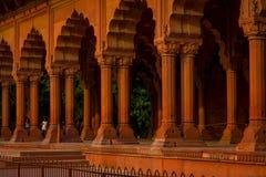 斋浦尔,印度- 2017年9月19日:回教建筑学细节Diwan我是或者观众的霍尔,在德里红堡里面 库存图片