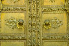 斋浦尔,印度- 2017年9月19日:金黄门在城市宫殿 印度斋浦尔 库存图片