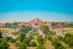 斋浦尔,印度- 2017年9月19日:Akshardham寺庙美好的风景在新德里,印度 Akshardham或 免版税库存照片
