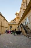 斋浦尔,印度- 2014年12月29日:旅游参观琥珀色的堡垒在斋浦尔 图库摄影