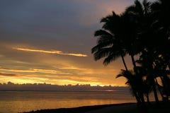 斐济水平的日落 免版税库存图片