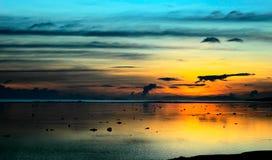 斐济风暴日落 免版税图库摄影