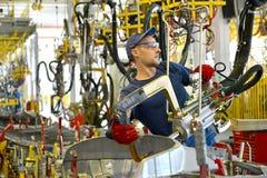斑点联络焊接汽车设备的身体的焊接  Aut 免版税库存图片