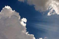斑纹太阳的光芒  库存图片
