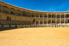 斗牛场竞技场在朗达,安大路西亚,西班牙 免版税库存图片
