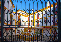 斗牛竞技场, plaza de toros在塞维利亚 免版税图库摄影