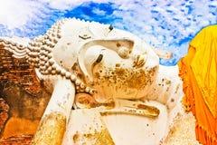 斜倚的菩萨图象, Ayutthaya历史公园 免版税库存图片