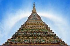 斜倚的菩萨的寺庙 库存图片