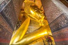 斜倚的菩萨的寺庙 库存照片