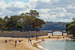 斜纹呢衬海滩,悉尼 库存照片