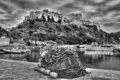 斯佩尔隆加意大利渔村港口黑白照片 图库摄影