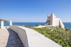 斯佩尔隆加Truglia塔如被看见从右边 免版税图库摄影