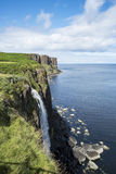 斯凯岛海岛瀑布 库存照片