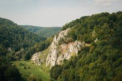 斯卡拉在Ojcov国家公园 免版税库存照片