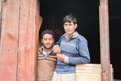 斯卡都,巴基斯坦- 4月18 :一未认出双人在斯卡都南部的, 2015年4月18日一个村庄在斯卡都,巴基斯坦 图库摄影