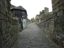 斯卡巴勒城堡在口岸卡利斯,斯卡巴勒北约克郡英国里面 库存照片