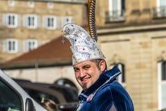 斯图加特,德国- 2018年2月19日:Shrove的忏悔节微笑的人在狂欢节期间晒干 图库摄影