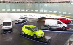 斯图加特,德国31日2012年:在默西迪丝博物馆的博览会的葡萄酒汽车 库存图片