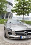 斯图加特,德国31日2012年:现代汽车博物馆`默西迪丝`在斯图加特 库存照片