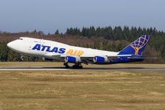 斯图加特/Germany :从地图集的BBoeing 747 免版税库存图片