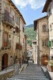 斯坎诺镇在阿布鲁佐地区 免版税库存图片