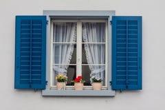 斯坦上午莱茵瑞士典型的窗口 免版税图库摄影