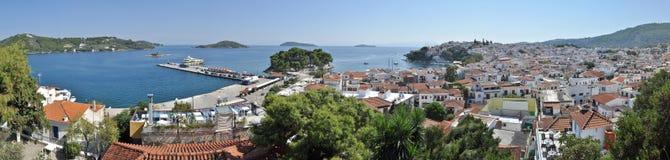 斯基亚索斯岛全景 免版税库存图片