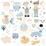 斯堪的纳维亚孩子乱画元素样式设置了颜色野生动物手拉的男孩caharcters虚度狐狸猫猫头鹰长颈鹿的云彩,玻璃 向量例证
