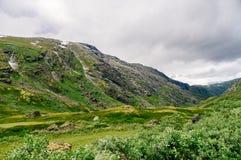 斯堪的纳维亚山在夏天之前 图库摄影